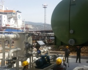 Installation of tank for absorbent and flame catcher in Rijeka Refinery 2